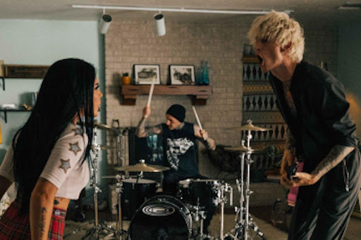 """Machine-Gun-Kelly-teams-up-with-Halsey-for-forget-me-too-visual MACHINE GUN KELLY TEAMS UP WITH HALSEY FOR """"FORGET ME TOO"""" VISUAL"""