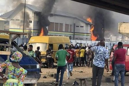 NIGERIA IMPOSES CURFEWS AFTER #ENDSARS PROTESTERS SET POLICE STATION ABLAZE