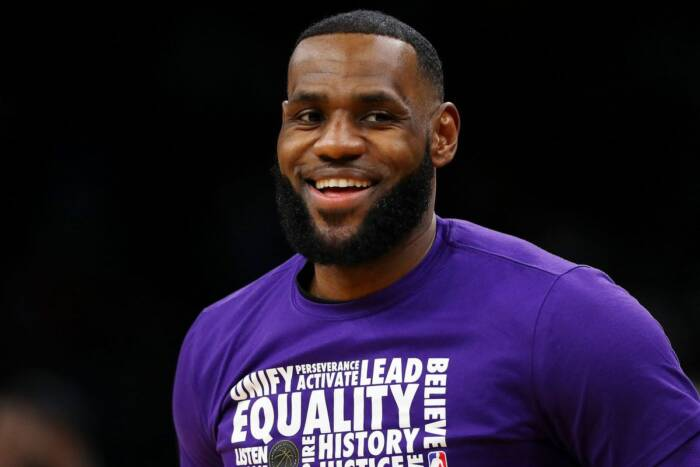 image11 LEBRON JAMES CHOSEN TO BE TIME'S ATHLETE OF THE YEAR