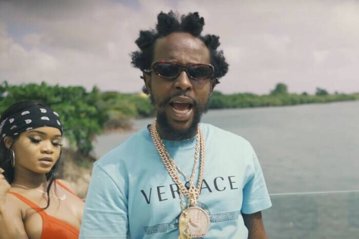 """image27-4 POPCAAN AND FRAHCESS ONE HAVE FUN IN """"CREAM"""" VIDEO"""