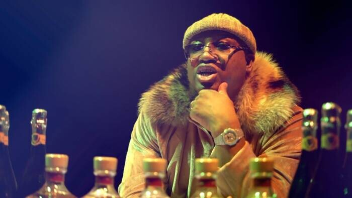 """maxresdefault-8 E-40 Releases New Music Video For """"19 Dolla Lap Dance (feat. Suga Free)"""" Single"""